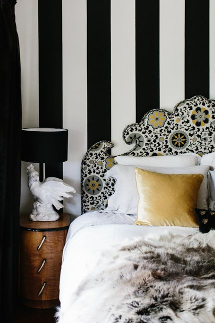 bedroom moment //love the headboard