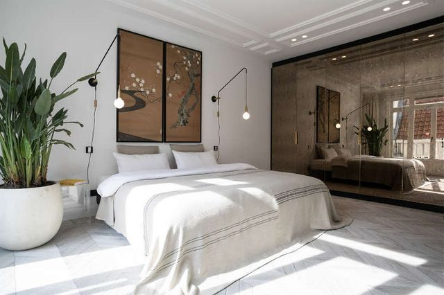 In Amsterdam no less. I'm stalking a stunning, zen-like apartment with roof terrace. Restrained yet luxurious, it is part of a redevelopment by the Collective Studio, a collaboration of developers, de #luxuryzenlivingrooms