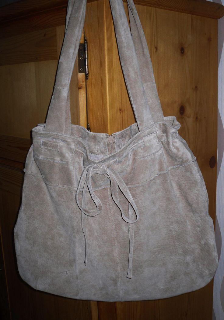 kožená kabelka ušitá zo sukne