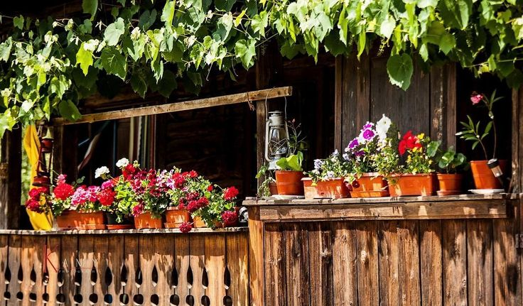 Romania traditional romanian houses porch rural romanians