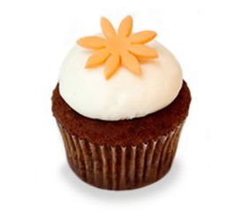 Kara's Karrot! A moist carrot cupcake with a silky soft cream cheese frosting. #karascupcakes