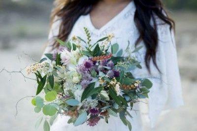 "Modern bridal bouquet with eucalyptus, photo by ""Jana Richter"""