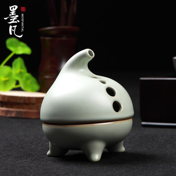 Ru-ceramic incense burners aromatherapy furnace lying incense fragrance of sandalwood incense coil Tower incense  road ornaments