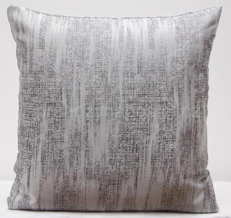 Luxusní šedý povlak na polštář
