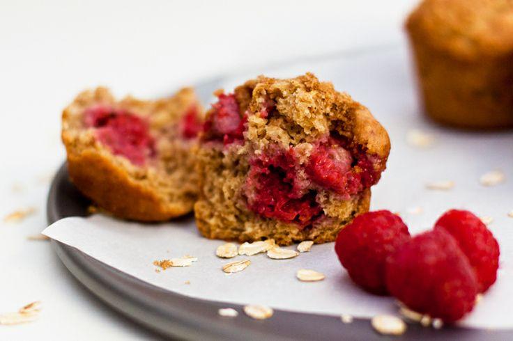 healthy raspberry oatmeal muffins vive la revolution. Black Bedroom Furniture Sets. Home Design Ideas