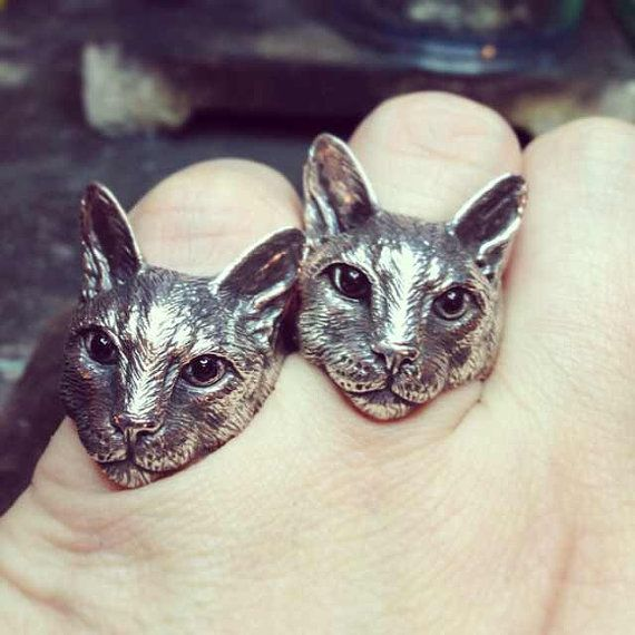 Hey, I found this really awesome Etsy listing at https://www.etsy.com/listing/184532200/yacikopo-metalshop-handmade-cat-ring