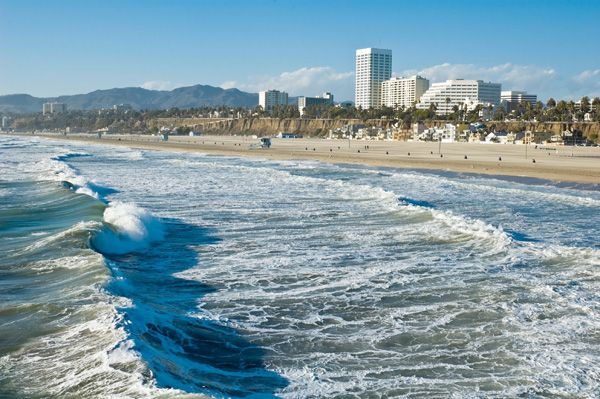 Santa Monica! I can see my high school parking lot in this picture