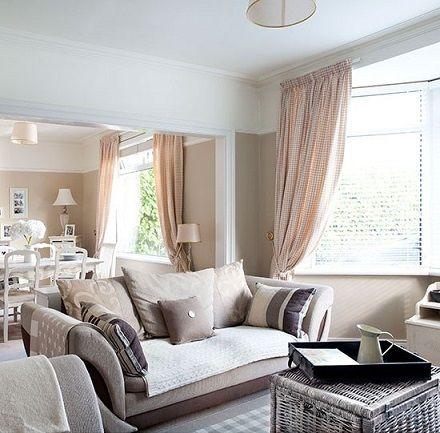 notr renkli dekorasyon fikirleri oturma odasi salon duvar ve mobilya renkleri krem beyaz gri bej kahve siyah fume gri ahsap tonlar (1)