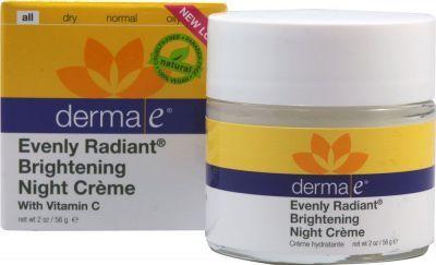 Cildinizi aydınlatarak canlandırmaya ve cilt tonunu eşitlemeye yardımcı olan,ciltte oluşan lekeleri ve renk farklılıklarını azaltan #DermaE #Evenly #Radiant #Night #Cream #Aydınlatıcı #Gece #Bakım #Kremi 60 ml ürününü kullanabilir sipariş verebilirsiniz.