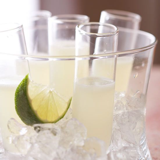 Dive into summer with this refreshing Kamikaze. More cooling cocktail recipes: http://www.bhg.com/recipes/drinks/wine-cocktails/summer-cocktail-recipes/?socsrc=bhgpin080413kamikaze=11