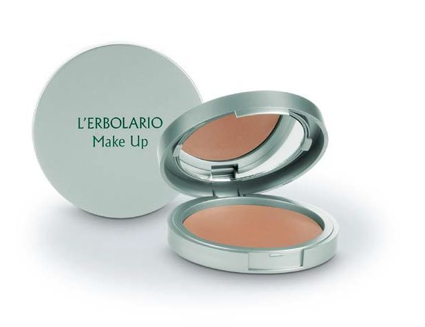 Illuminala con la Terra compatta e illuminante disponibile in 3 tonalità! prezzo consigliato € 19.00 #makeup #festadellamamma