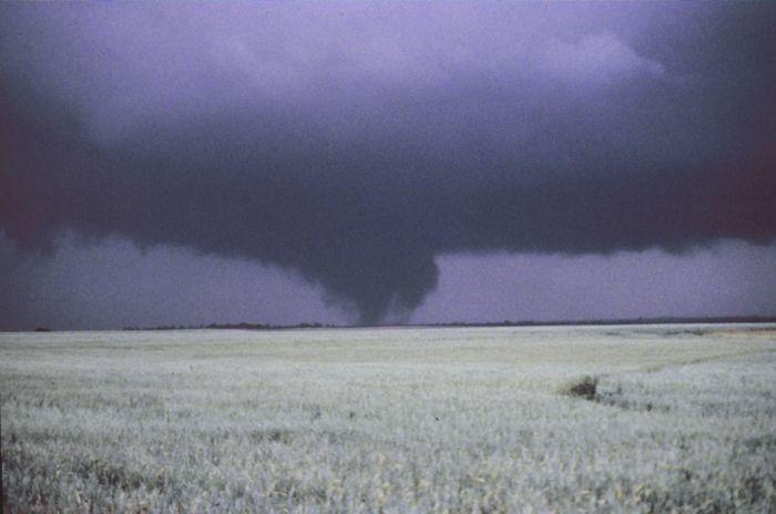 Mayfield, OK Tornado 1977