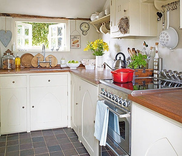 Best 25 English Cottage Kitchens Ideas On Pinterest