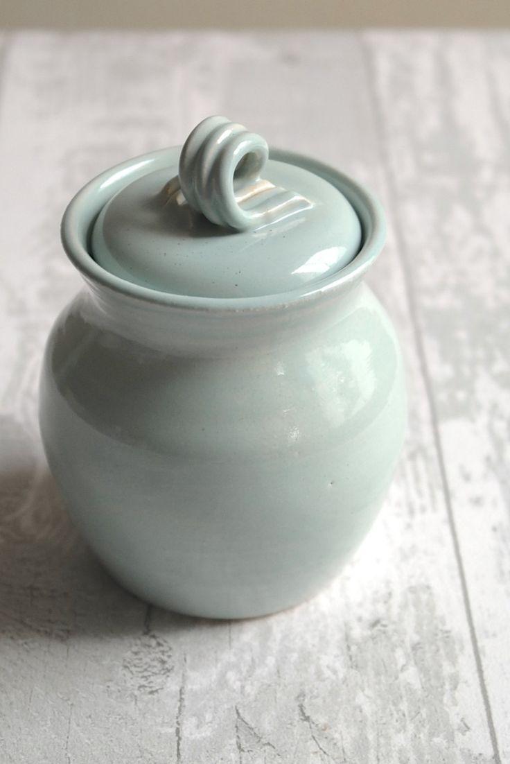 Lidded Pot Garlic Keeper Salt Pig Sugar Bowl Ready