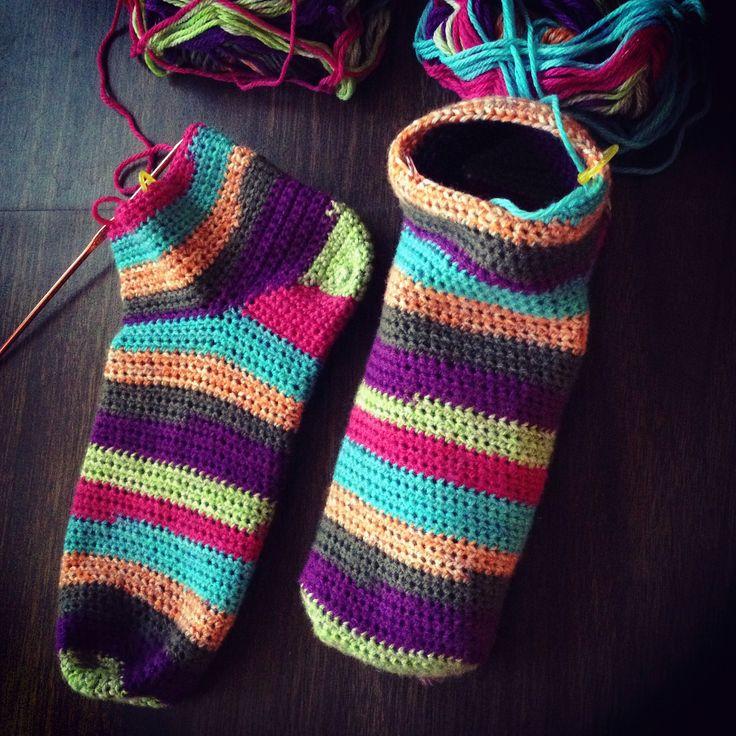 Socks That Fit By milobo - Free Crochet Pattern - (ravelry)
