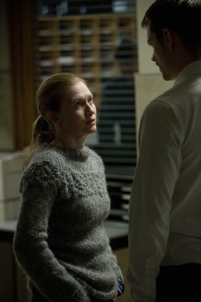 Sarah Linden- The Killing. True, she's made a lot of mistakes, but she's realistically dressed, quiet and perceptive and shatters the usual stupid stereotypical female homicide detective mold so rampant these days.