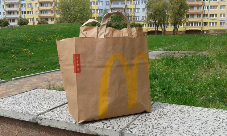 Pisząc notkę o jedzeniu typu fast food na blog oszczędnościowy, pt. Zrezygnuj z jedzenia fast food – jedz smacznie i oszczędzaj!  …zastanowiłem się nad jeszcze jednym aspektem sprawy, m…