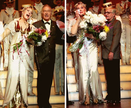 Julie Andrews does her final curtain bow in Victor Victoria with Christopher Plummer, and husband, Blake Edwards (1997)