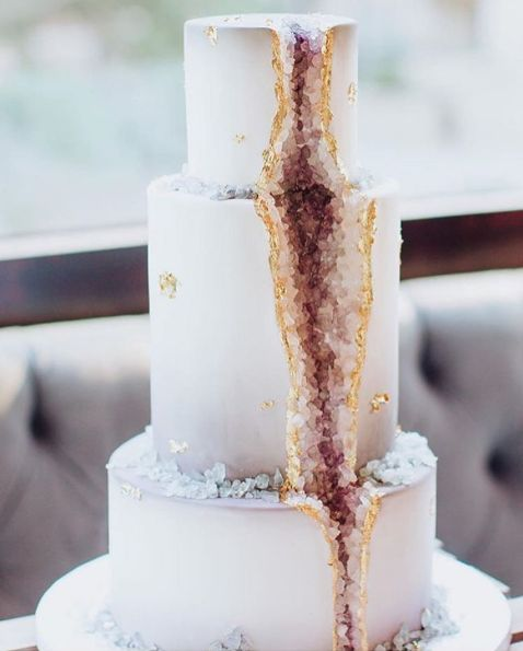 Geode Cake via: @vanillabakeshop XX (birthday recipes 21st)