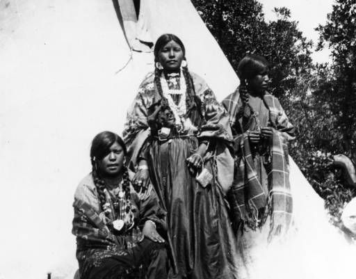 ute park women Find out information about ute bear dance  then the women select partners by flicking the fringe of their shawl at them,  ute bear dance ute lake state park.