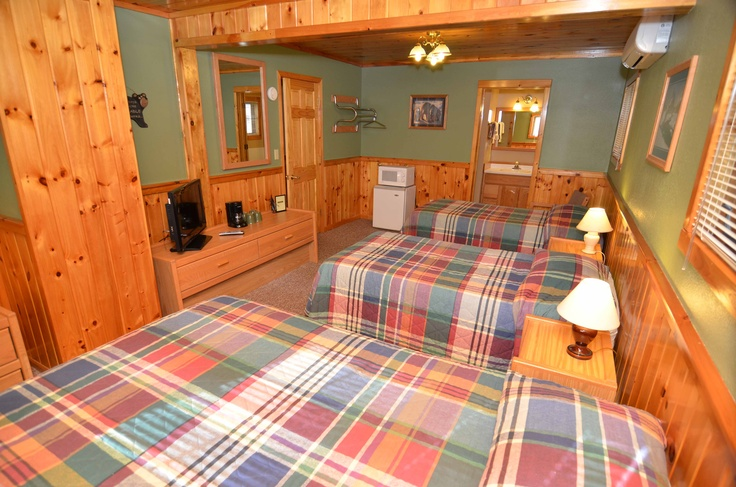 Lodge Room 6 Has Knotty Pine Walls And Ceilings 2 Twin