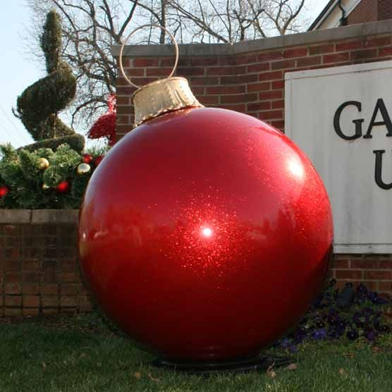 Commercial Holiday Displays, Commercial Christmas Decorations, Commercial Holiday Display, Commercial Christmas Displays - Champion Studios Online - Giant Ornaments