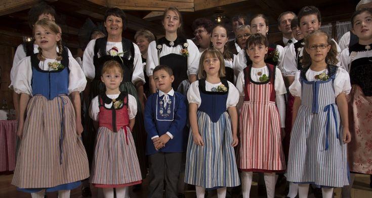 Berna Trachtenvereinigung - Asociación pour les bernoise trajes de disfraces: grupos activos