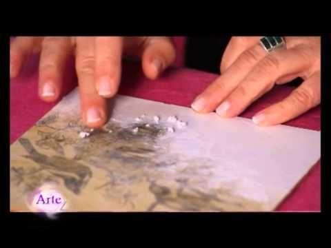Desde el taller de ArteZ, Mónica Godfroit muestra la técnica para transferir imágenes sobre una superficie de madera o de fibrofácil por medio de pinceladas ...