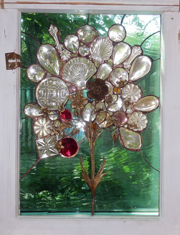 Picture in clear glass antique embelishments 21