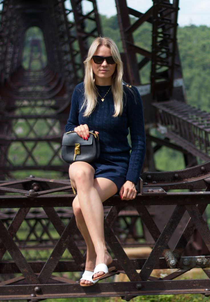 Navy blue outfit <3 Visit my blog for more pics malenemandrup.dk/ #navy #chloé #drew #bag #ralphlauren #sandals #summer #travel #usa #mystyle #streetstyle #personalstyle #fashion #fashionista #style #outfit #ootd #fashionblog #blogger #girl