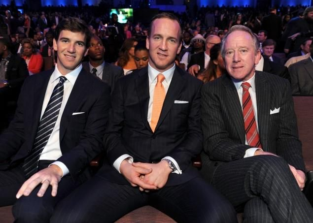 Archie Manning,Peyton and Eli together all dressed up and looking good. <3 the tie Peyton's wearing.
