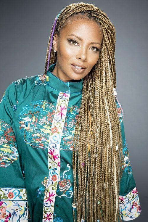 La tresse africaine 2020 est une tendance actuelle. La tresse africaine n'est pas seulement consacrée aux stars R'n'B afro-américaines comme Alicia Ke...