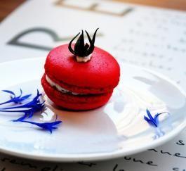 Macaron salé tomate séchée et roquette