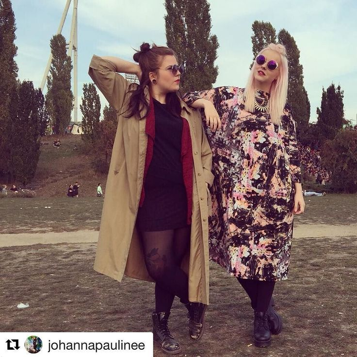 #Berlin showing off the cool street style of it's inhabitants in different lovely locations. Get inspired have fun! Thank you #Repost by @johannapaulinee #mauerpark #berlin #sunday #ootd #outfitoftheday #fashion #fashionlover #fashionblogger #friends #bestfriends #pinkhair #autumn #autumnlook #goodtimes #monki #bershka #humanasecondhand #docmartens