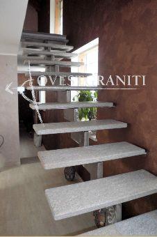 Oltre 25 fantastiche idee su scale in pietra su pinterest - Scale di colore ...