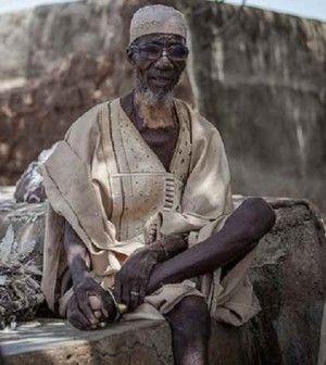 """Scienziato ghanese: """"La vodka fa galleggiare"""""""