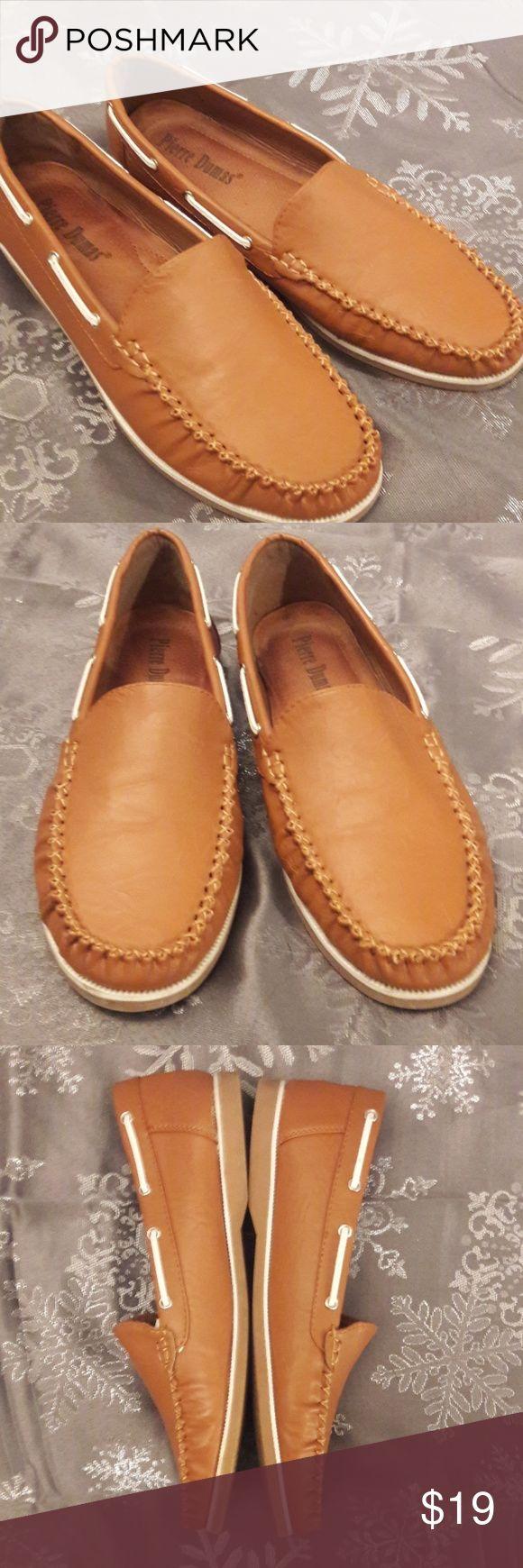 Pierre Dumas flats Pierre Dumas flexible sole flats.  Excellent condition. Pierre Dumas Shoes Flats & Loafers