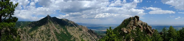 These are my best photos hiking in Boulder, Colorado. The best hikes in Boulder: Bear Peak, Green Mountain, South Boulder Peak, Mount Sanitas, and Chautauqua.  #hikinginboulder #besthikesinboulder #besthikesnearboulder #boulderhiking #boulderhikes #boulderhike #boulderhikingtrails #boulder #bouldercolorado #boulderco #hikingboulderco #coloradohikes #hikingincolorado