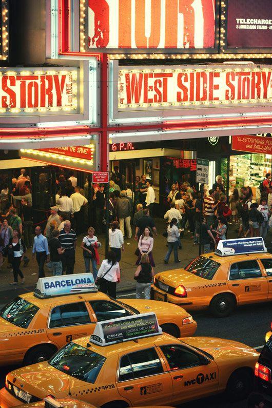 Un soir à Broadway. #sucrelaperruche