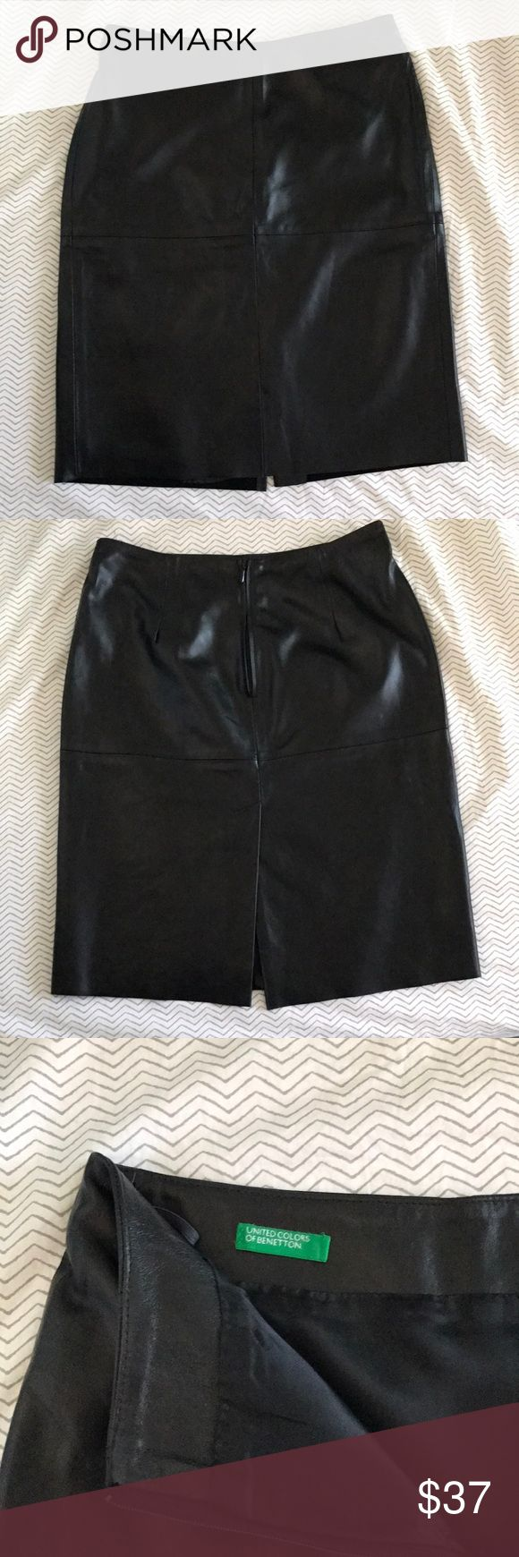 Leather Skirt United Colors of Benetton Black A line leather skirt. Italian size 38, US size 4. Inside lined with rayon. Very good condition, like new! United Colors Of Benetton Skirts Midi