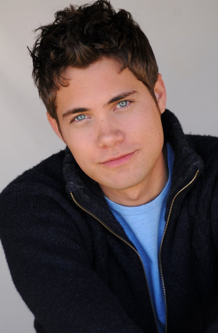 Well hello lovely! .. Drew Seeley - those eyes.....!! <33