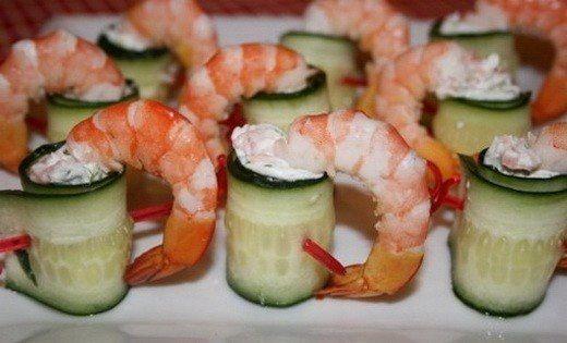 Копченый лосось творог салат