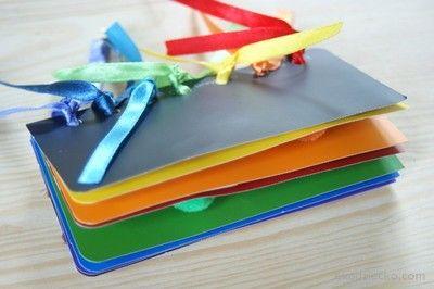 Nauka kolorów dla malucha- książeczka z wzornika kolorów ze sklepu budowlanego. Science colors for a toddler - booklet with color well from the store building.
