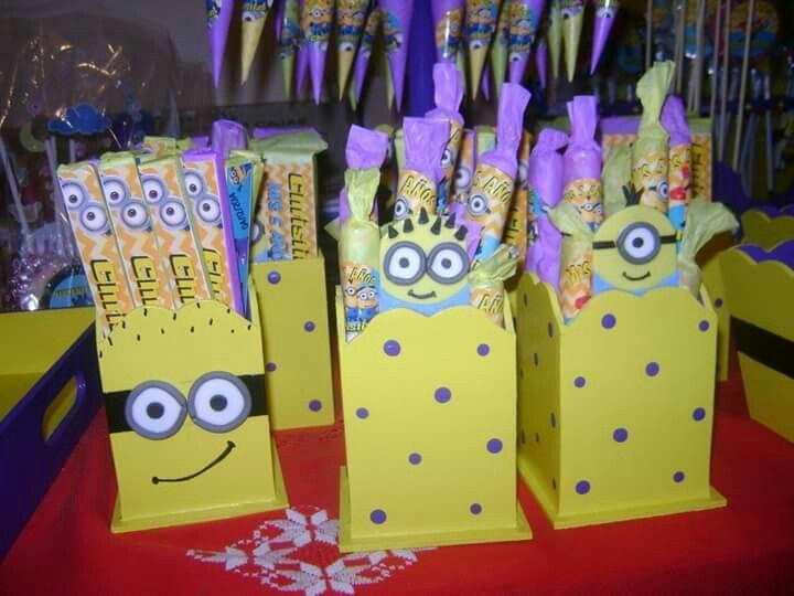 Candy Bar Minions Porta Golosinas Cumple De Christian