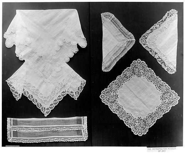 Handkerchief. 18-19th C.  French.  L. 28 x W. 28 inches
