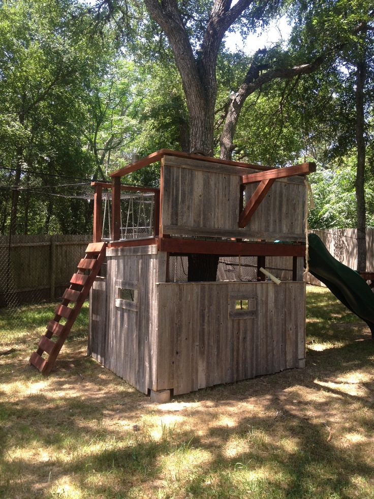 69 best images about outside kid 39 s forts on pinterest for Old wooden forts