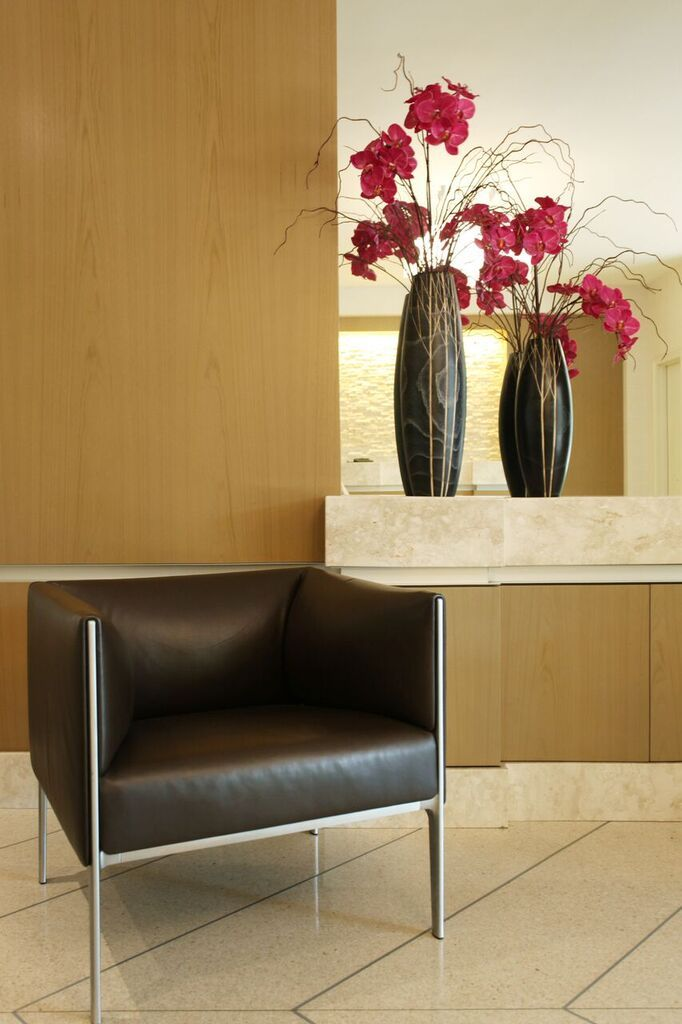 Sygrove design group offers interior design services to nyc and its surrounding areas the interior designers specialize in lobby hallway