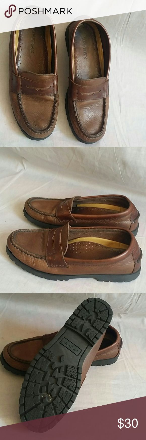 Men's SPERRY Boat Shoes 8.5 M Leather Slip-on Item is in a good condition, NO PETS AND SMOKE FREE HOME. SPERRY Shoes Boat Shoes