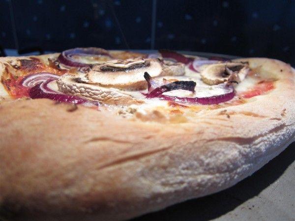 Pizza recept - házi pizza 12 egyszerű lépésben!