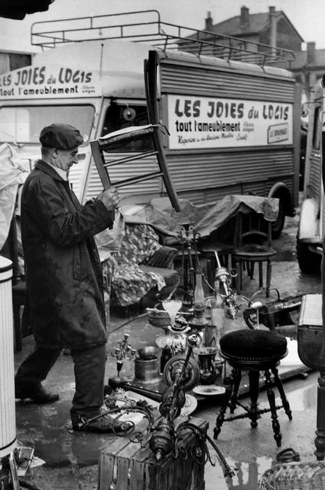 Henri Cartier-Bresson, Villeurbanne, France 1969.